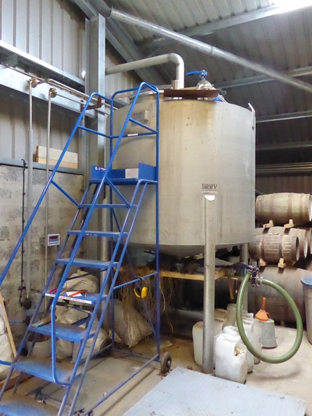 Wolfburn Distillery Filling